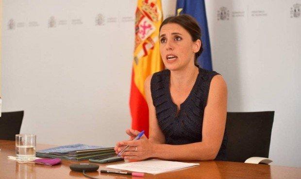 Montero: «Hay que regular la objeción de conciencia médica con el aborto»